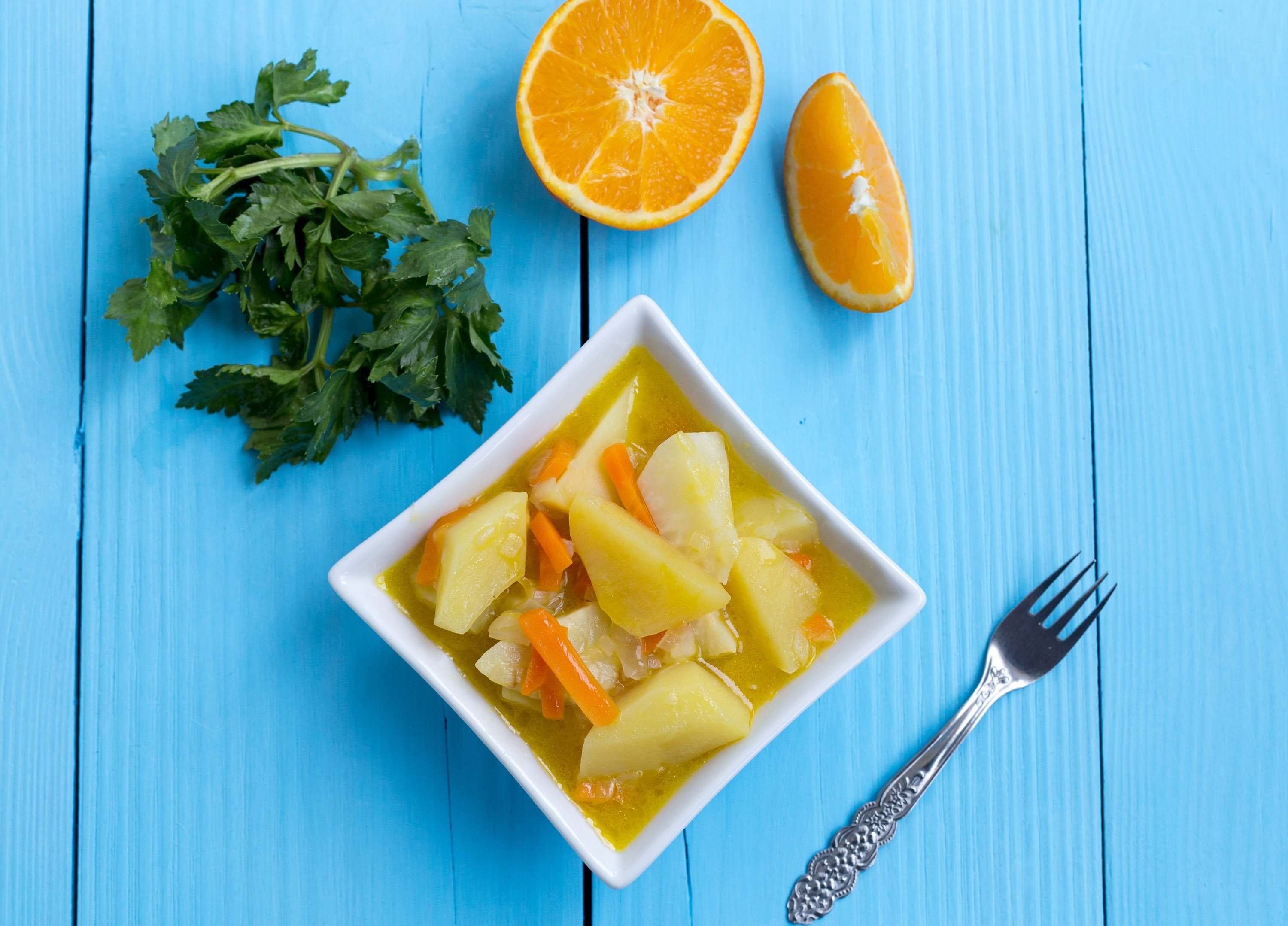 Potato, carrot and celery pairs well with citrus fruits, such as lemon, oranges or tangerines. (Shutterstock Photo)