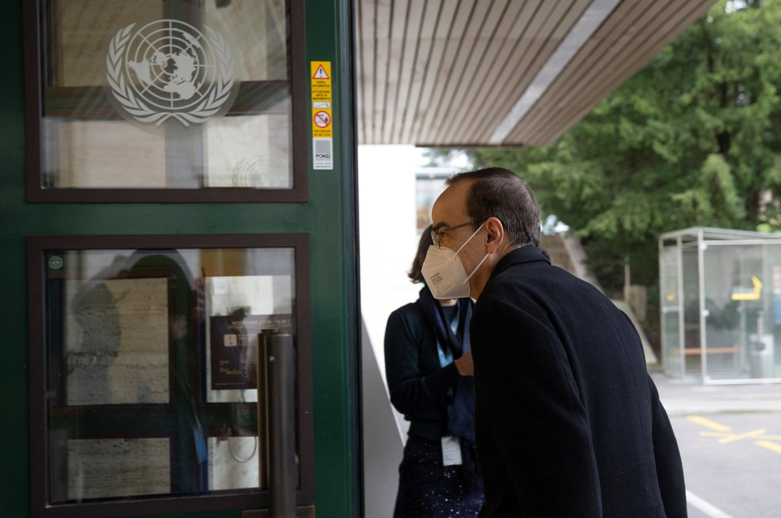 Syrian Constitutional Committee Co-Chair Hadi al-Bahra from the opposition arrives for the fourth session of the committee at the European headquarters of the United Nations in Geneva, Switzerland, Nov. 30, 2020. (Reuters Photo)
