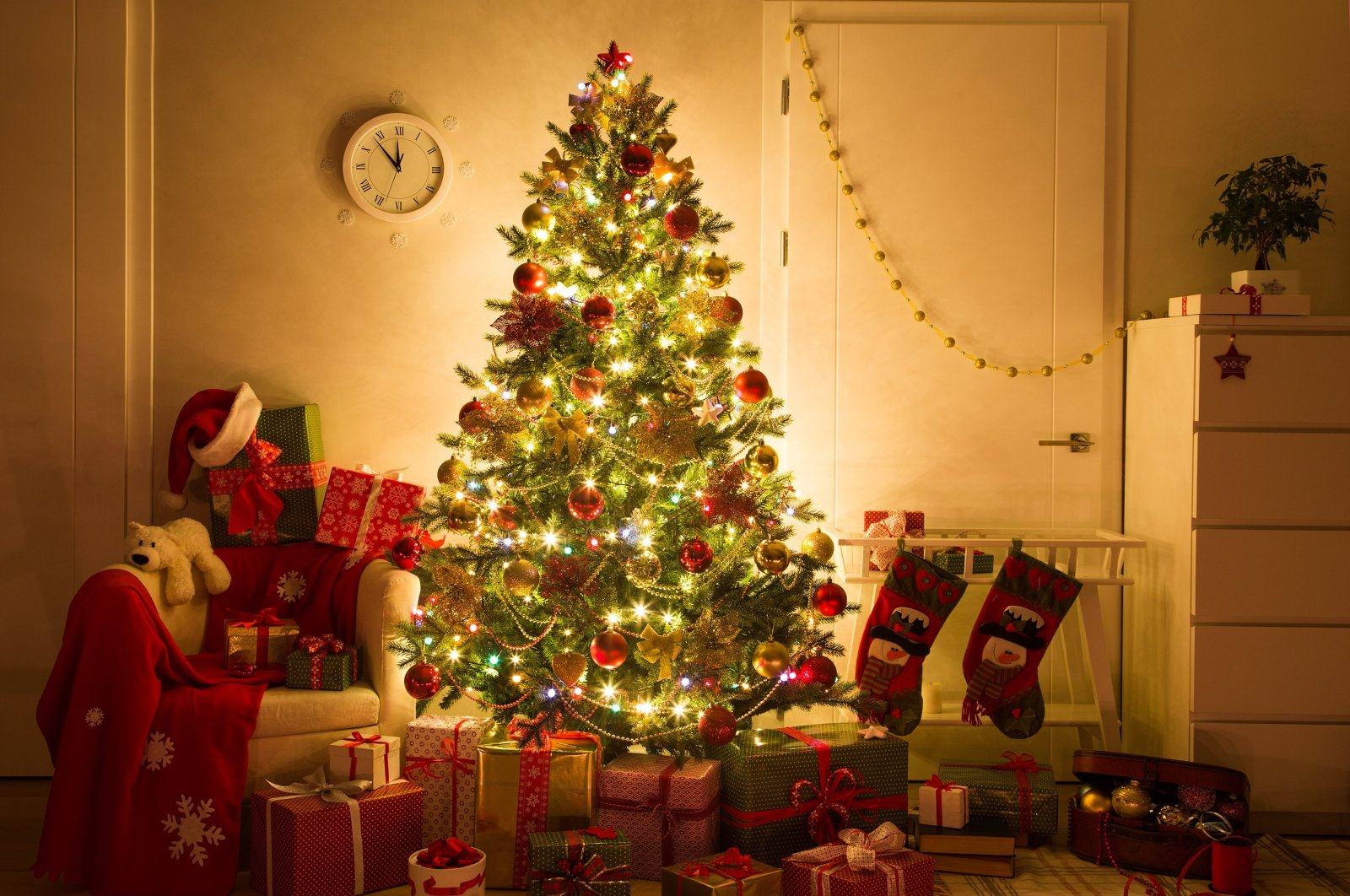 Although it is a mostly Muslim country, setting up trees to ring in the new year has become more common in Turkey in recent years. (Shutterstock Photo)