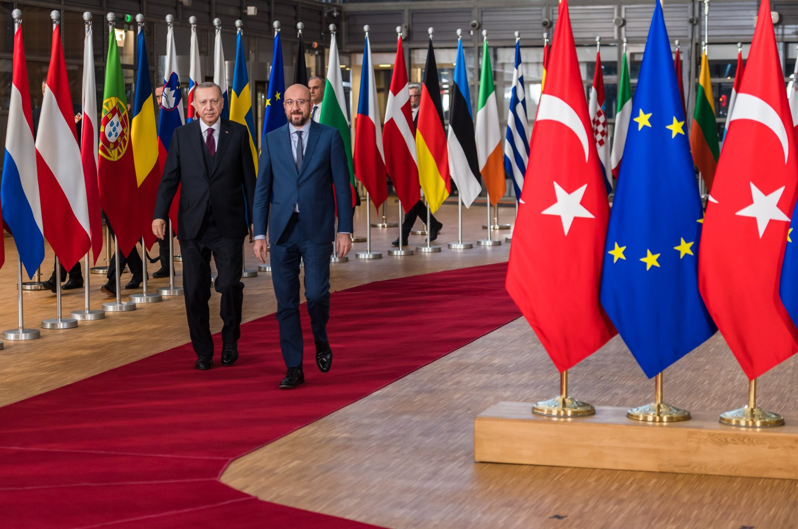 President Recep Tayyip Erdoğan (L) and European Council President Charles Michel arrive ahead of talks in Brussels, Belgium, March 9, 2020. (Photo by Getty Images)