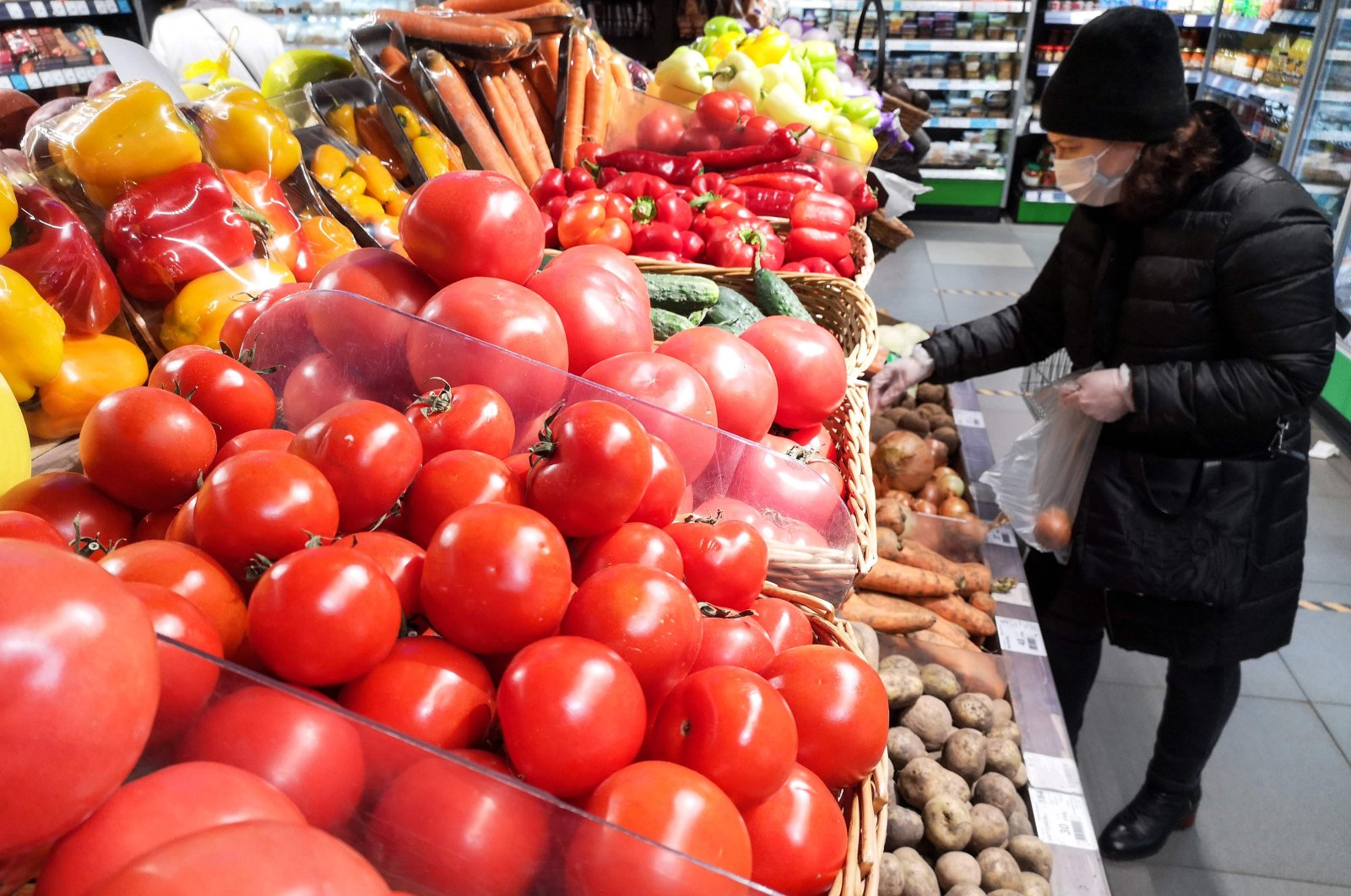 Azerbaijani tomatoes are displayed for sale at a supermarket in Moscow on Dec. 9, 2020. (AFP Photo)
