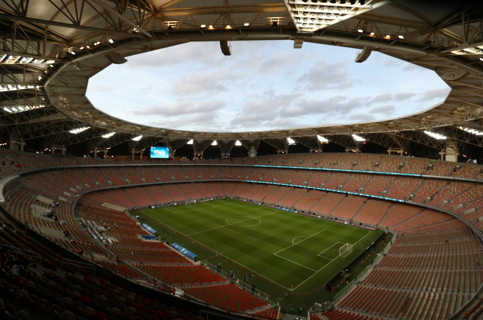 General view inside the King Abdullah Sports City Stadium, Jeddah, Saudi Arabia, Jan. 9, 2020. (Reuters Photo)