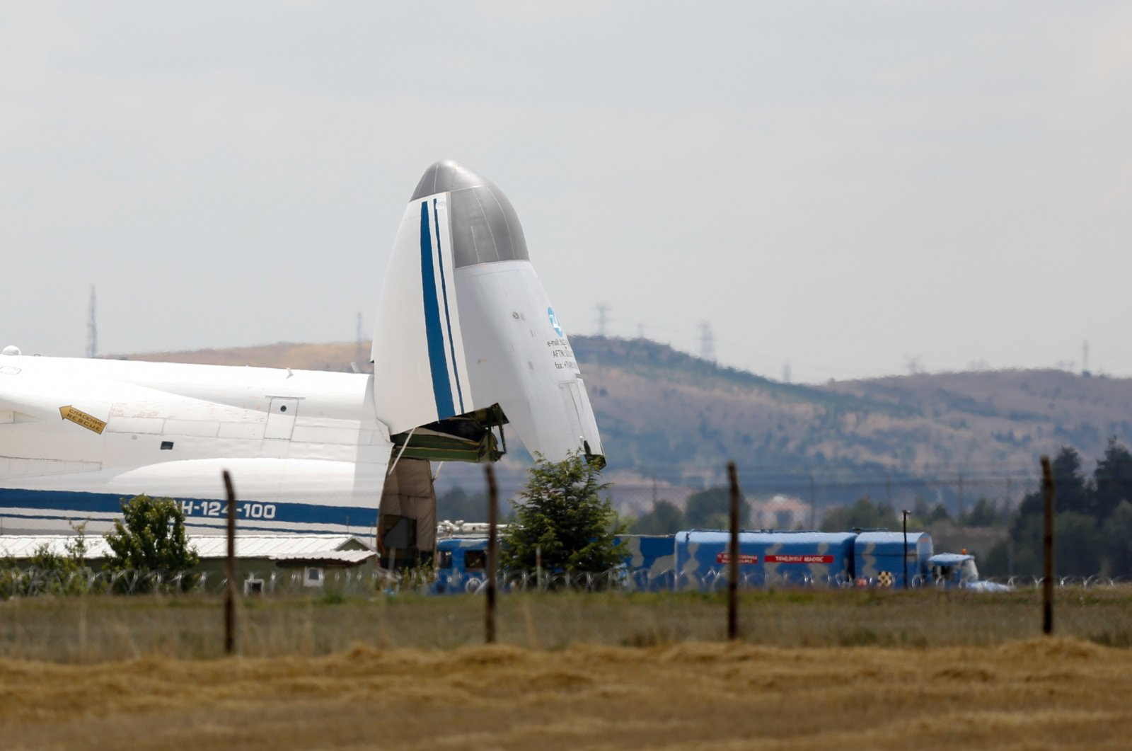Cargo is unloaded from a Russian cargo plane transporting parts for the S-400 defense system from Russia, after it landed at Mürted Airfield, Ankara, Turkey, July 12, 2019. (Photo by Getty Images)