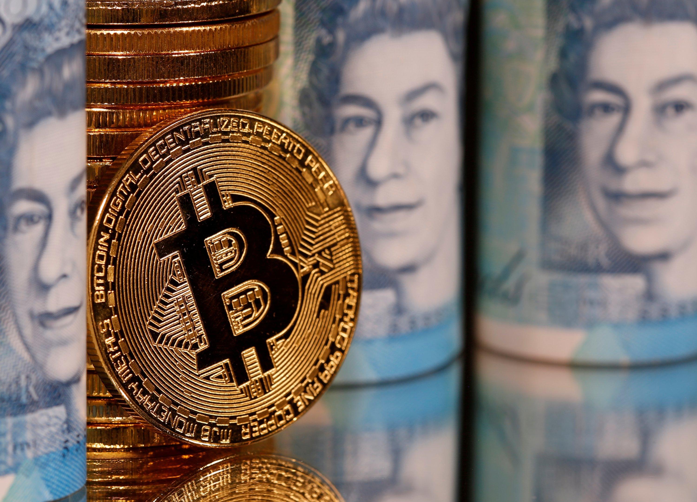 Bitcoin smashes through $20,000 for 1st time thumbnail