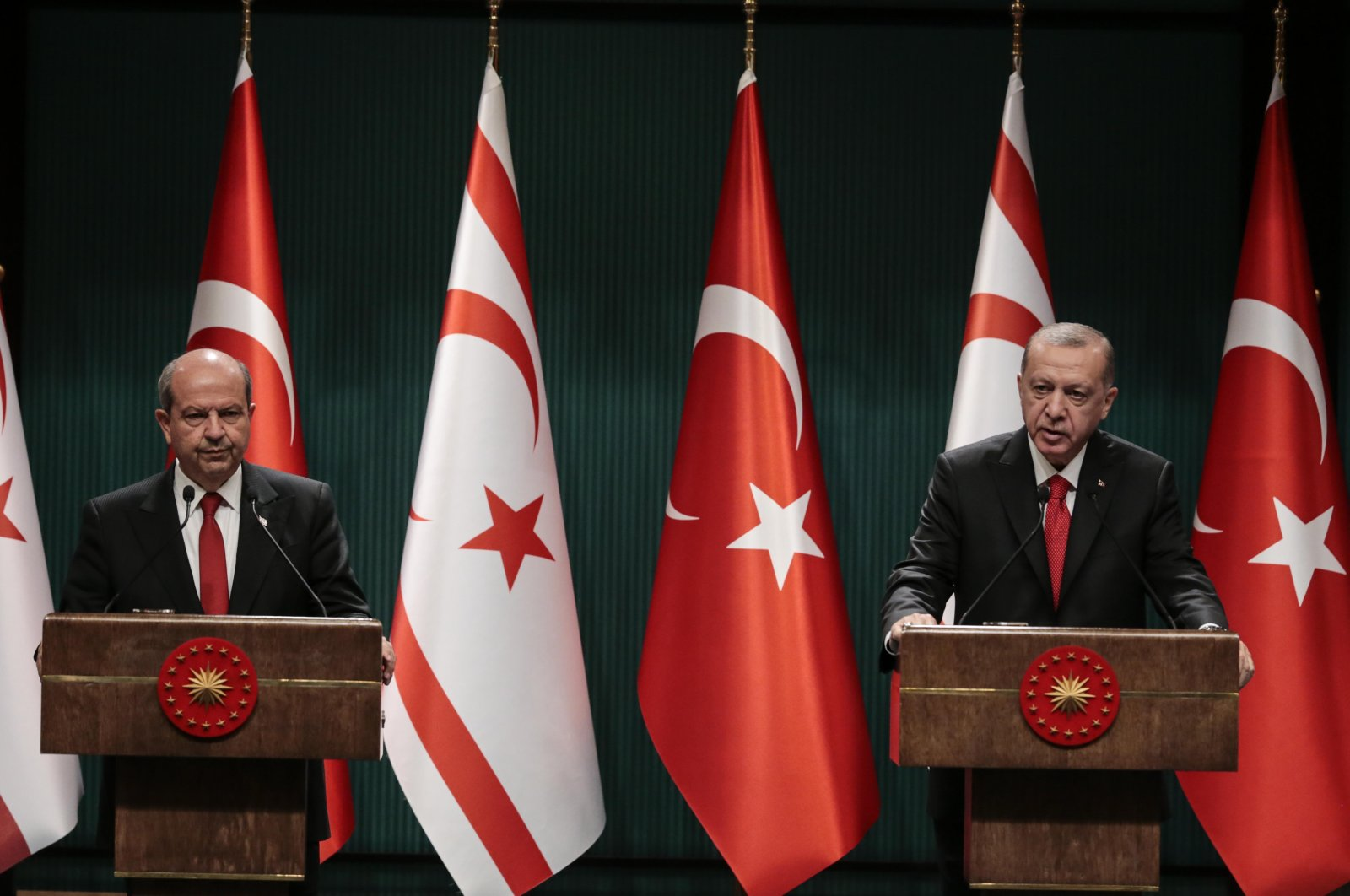 President Recep Tayyip Erdoğan (R) and TRNC President Ersin Tatar during a joint press conference in Istanbul, Nov. 27, 2020. (AA)