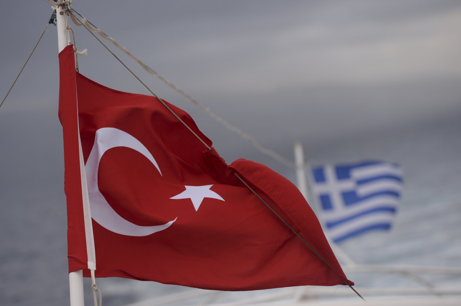 Turkish and Greek flags seen on a ferry from Greek island of Kos to Turkish coastal town of Bodrum, on October 21, 2015. (Photo: Getty Images)