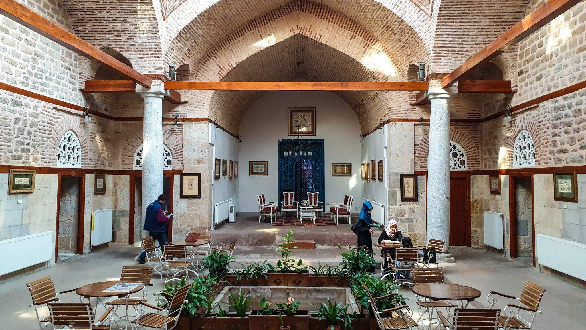 The hall of Mahmudiye Madrassa. (Photo by Argun Konuk)