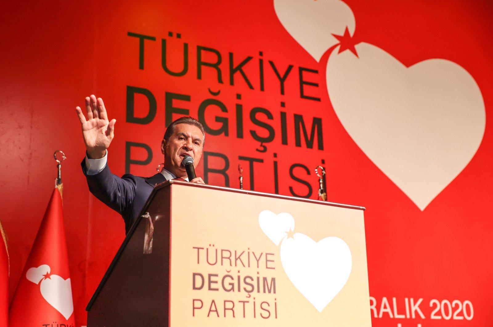 Former Şişli district Mayor Mustafa Sarıgül speaks at the launching ceremony of his party in Istanbul, Turkey, Dec. 17, 2020. (AA Photo)
