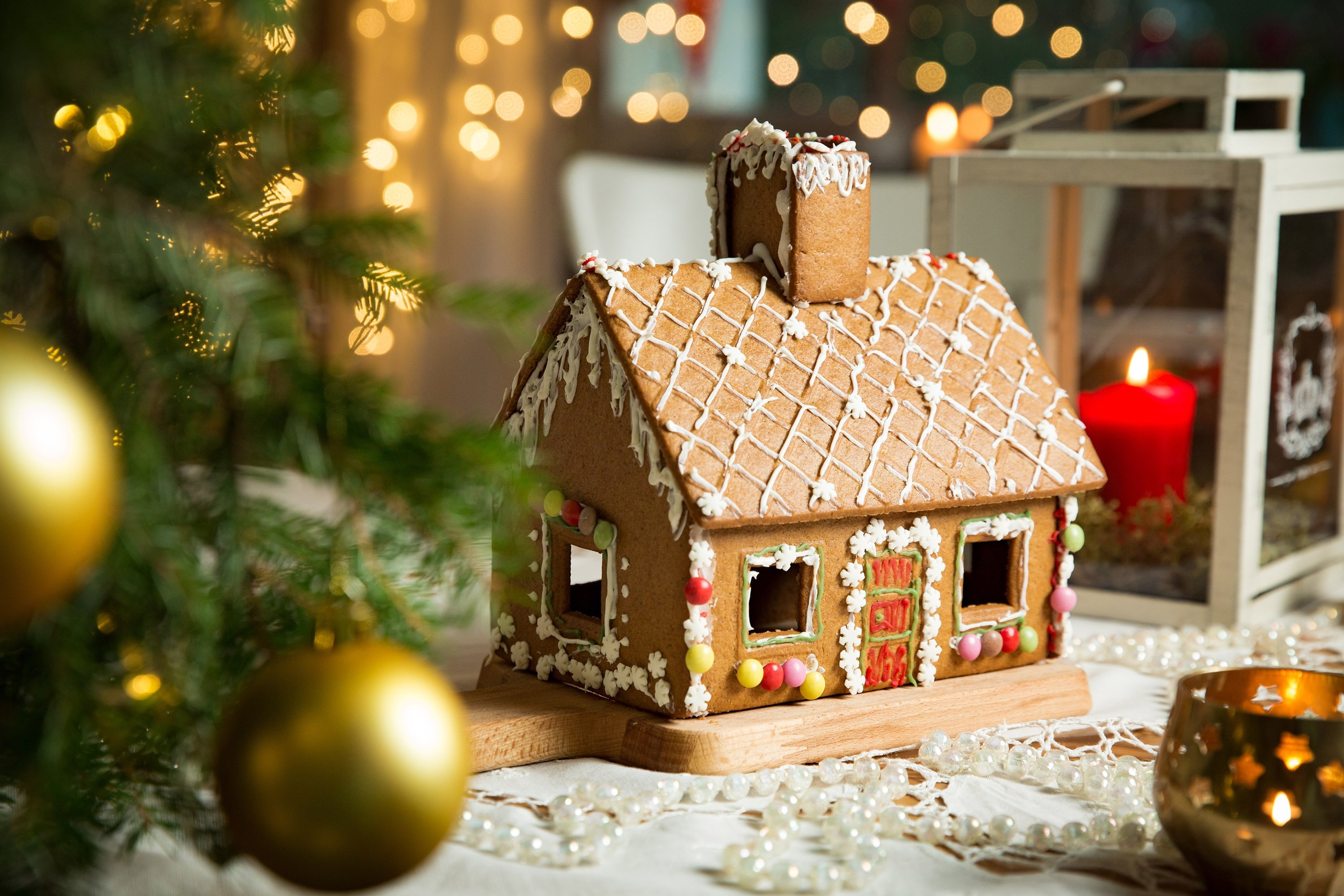 Use melted chocolate instead of icing when assembling your gingerbread house. (Shutterstock Photo)