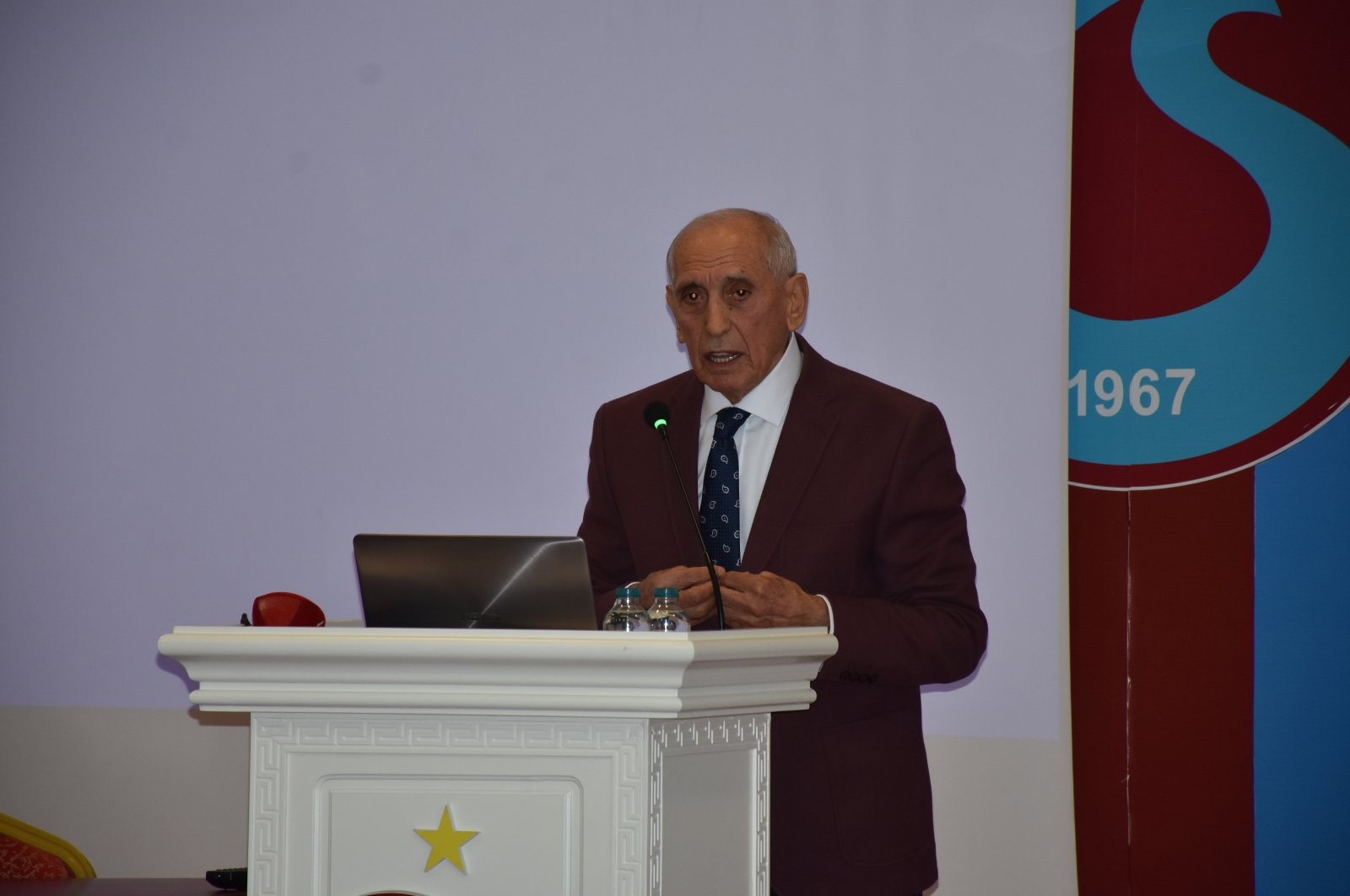 Özkan Sümer speaks at an event in Trabzon, northern Turkey, Jan. 27, 2020. (AA PHOTO)