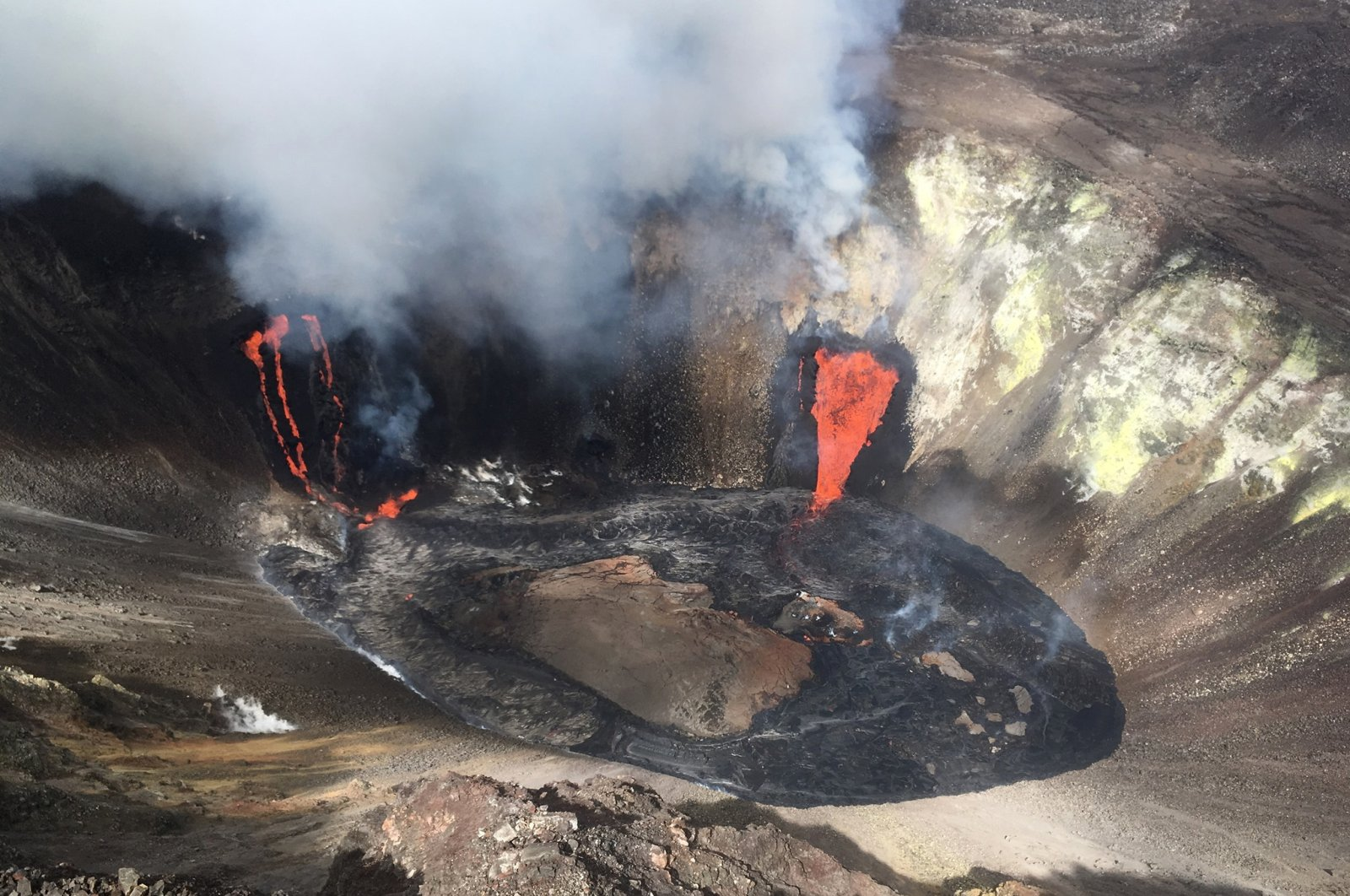 A plume rises near active fissures in the crater of Hawaii's Kilauea volcano, U.S., Dec. 21, 2020. (AP Photo)