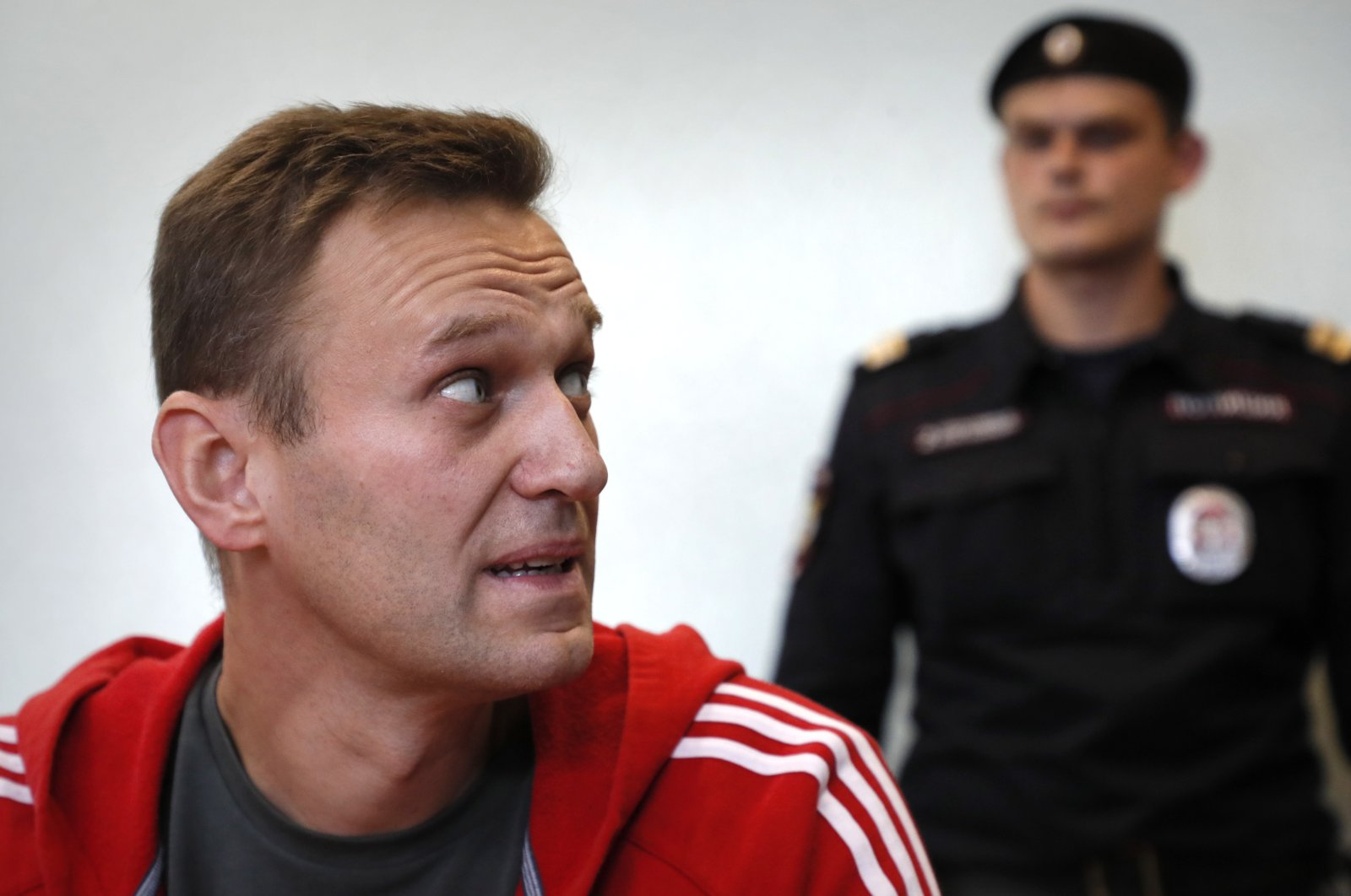 Russian opposition leader Alexei Navalny (L) attends a hearing at the Simonovsky district court in Moscow, Russia, on Aug. 22, 2019. (EPA Photo)