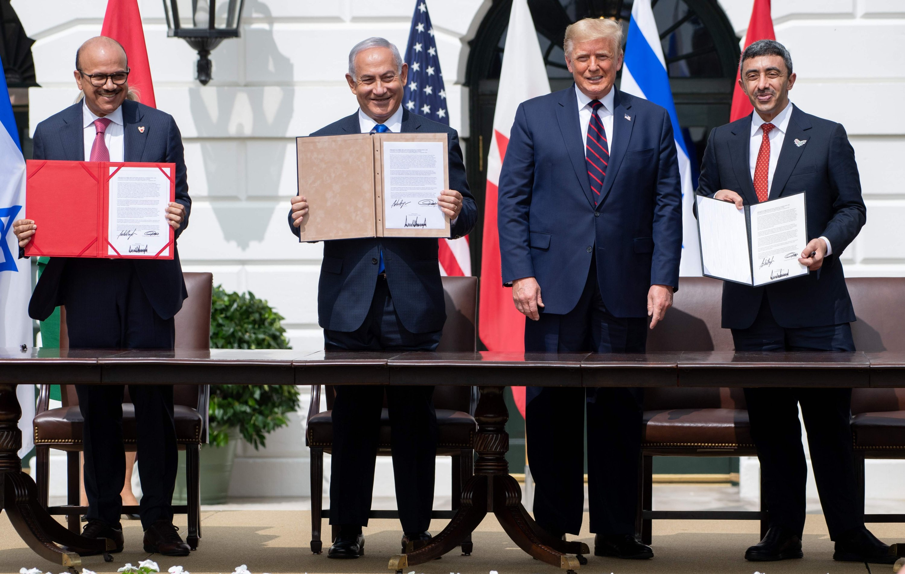 Israeli Prime Minister Benjamin Netanyahu and the foreign ministers of Bahrain and the United Arab Emirates arrived at the White House to sign historic accords normalizing ties between the Jewish and Arab states, Washington D.C., U.S., Sept. 15, 2020. (AFP Photo)