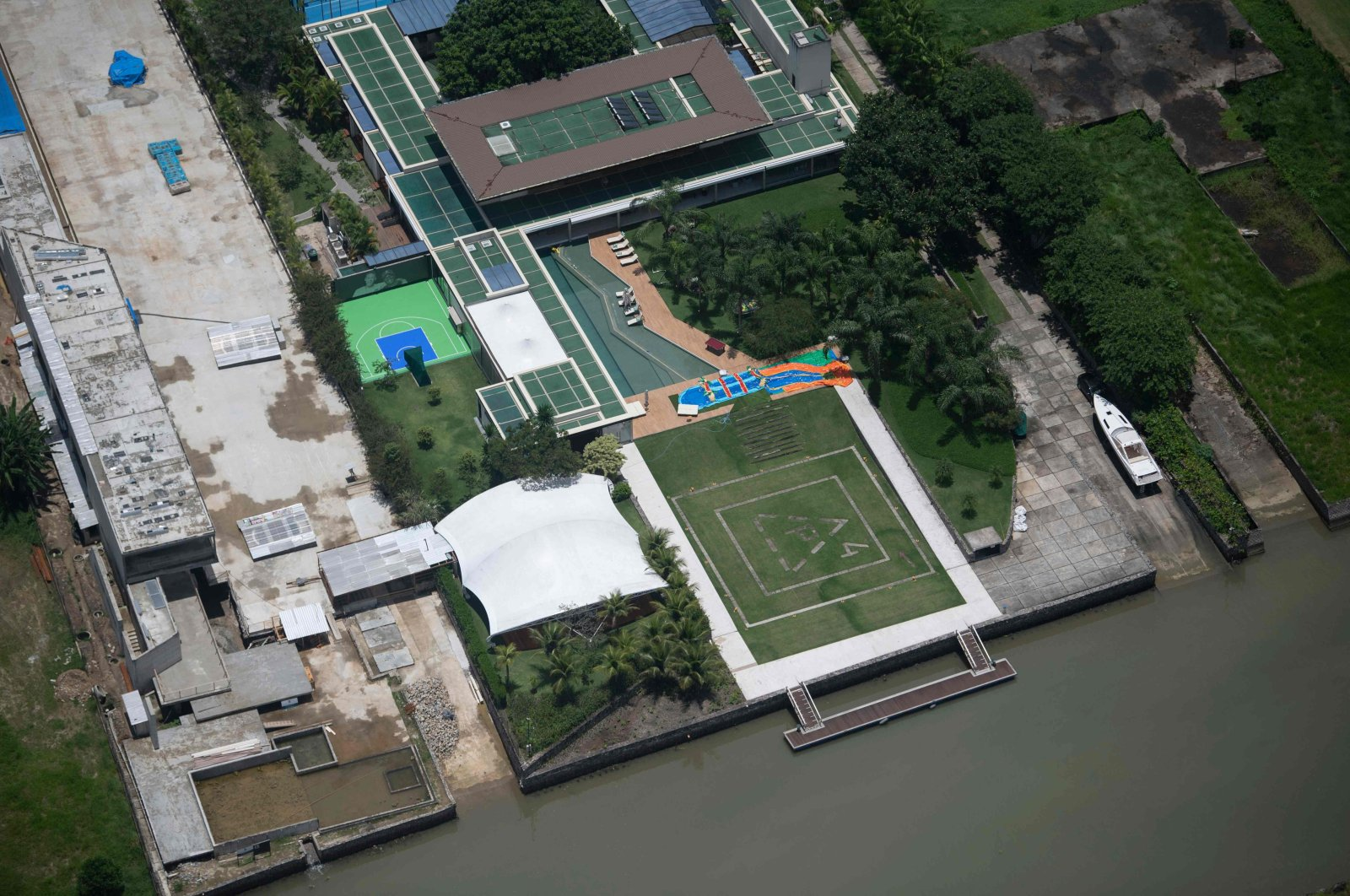 An aerial view of the luxury beachside mansion of Brazilian footballer Neymar in Mangaratiba, near Rio de Janeiro, Brazil, Dec. 30, 2020. (AFP Photo)