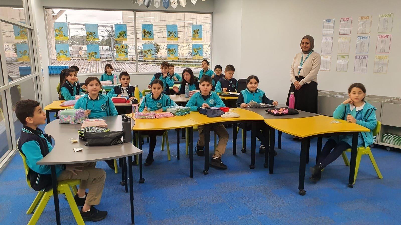 Students at a Turkish Maarif Foundation school in Sydney, Australia. (AA Photo)