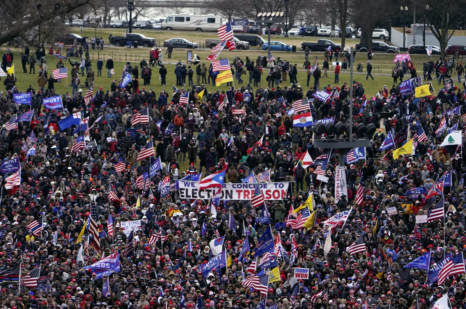 Supporters of U.S. President Donald Trump gather to protest a meeting of Congress, Washington, D.C., Jan. 6, 2021. (AP Photo)
