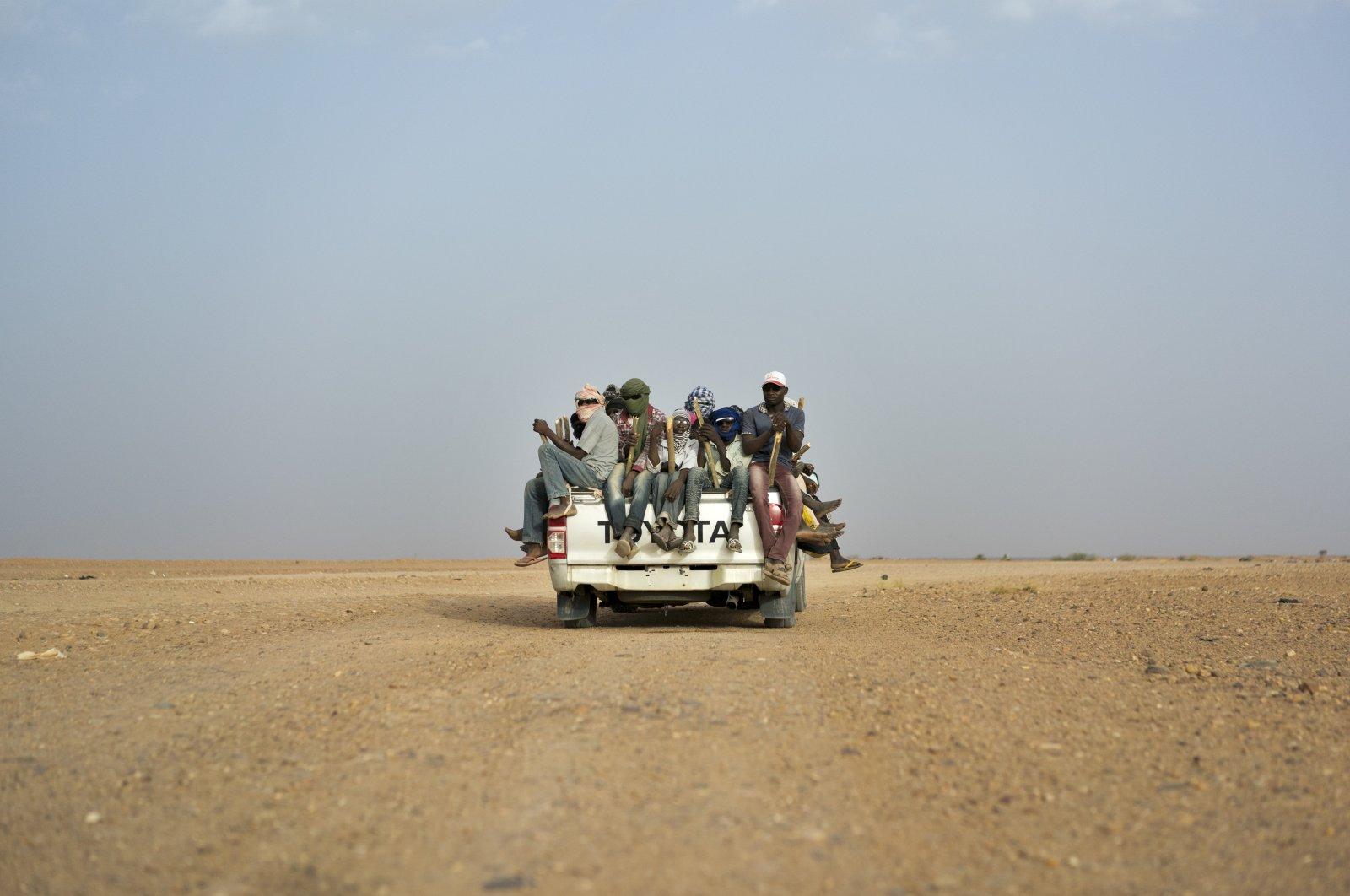 Nigeriens head toward Libya from Agadez, Niger, in June 2018. (AP Photo)