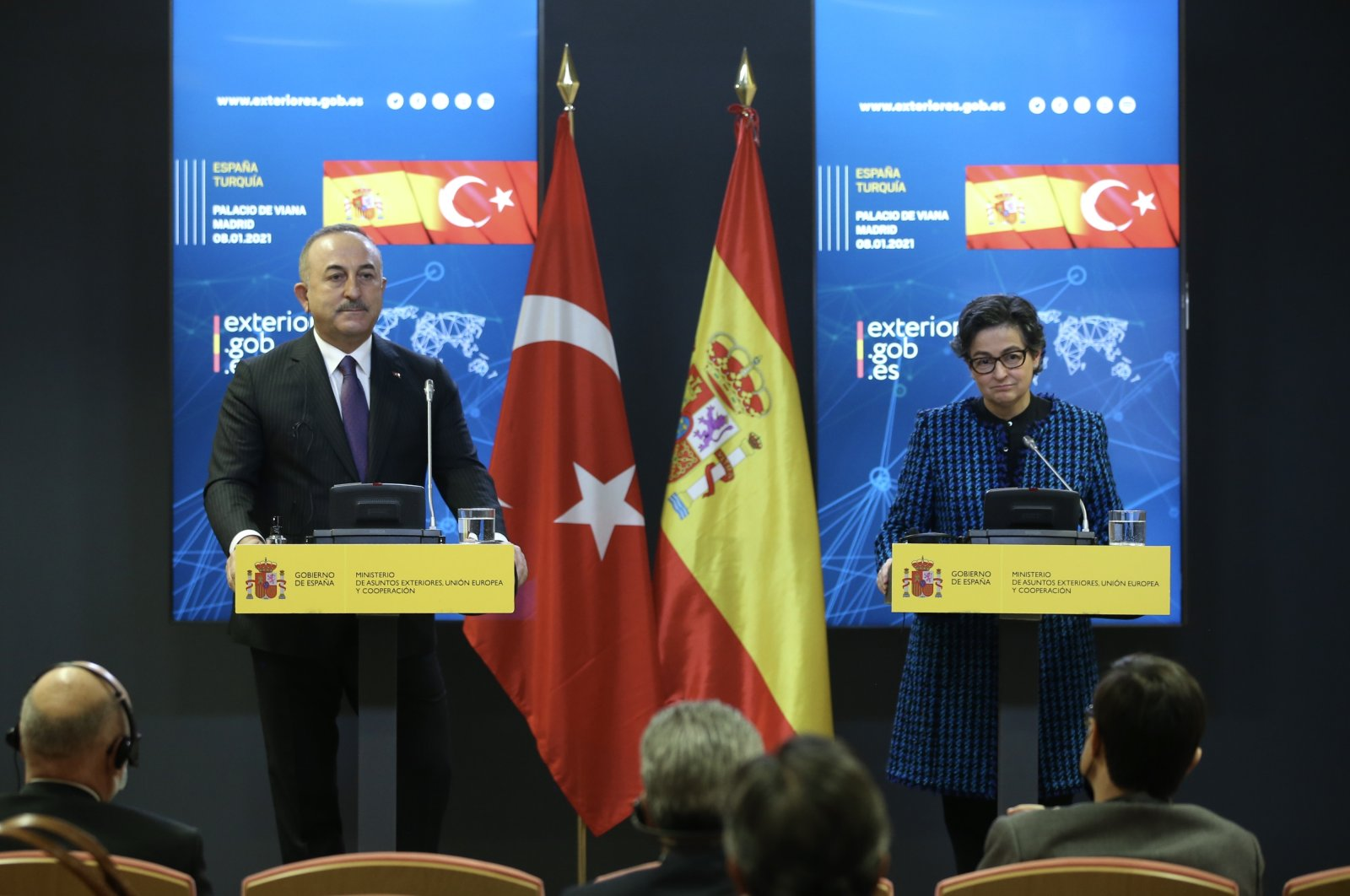 Mevlüt Çavuşoğlu in a press conference with his Spanish counterpart Arancha Gonzalez Laya in the Spanish capital Madrid, Jan.8, 2020. (AA)