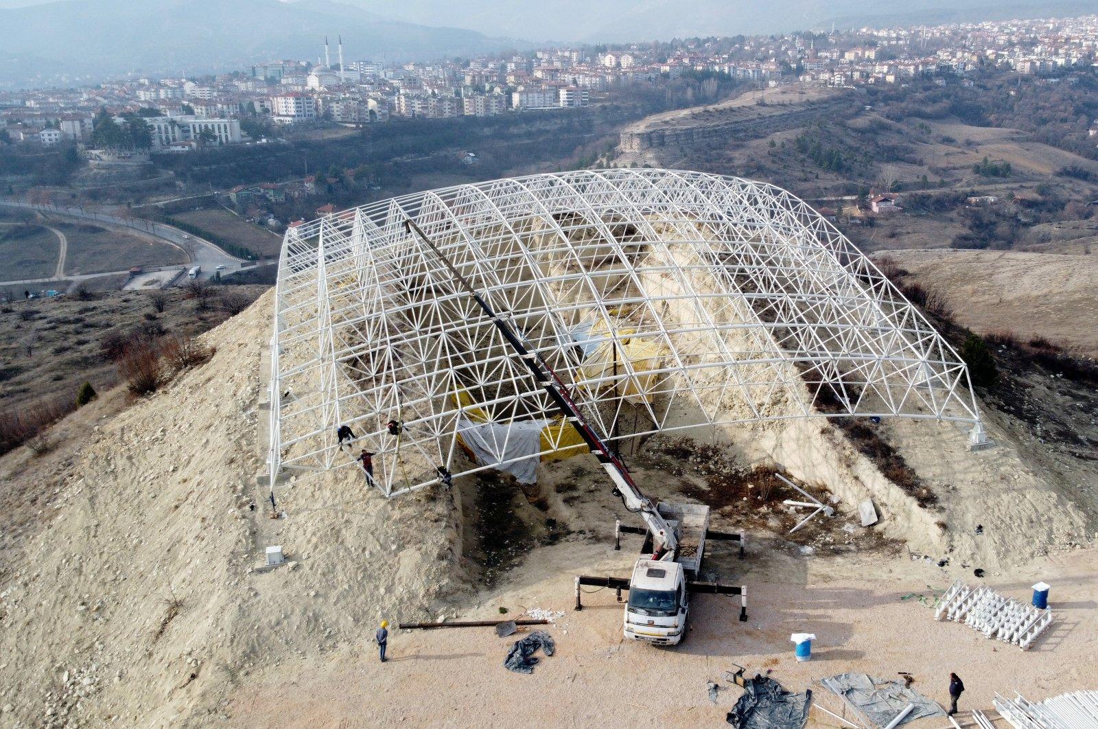 The roof covering over the Göztepe Tumulus is seen in Karabük, northern Turkey, Jan. 9, 2020. (AA Photo)