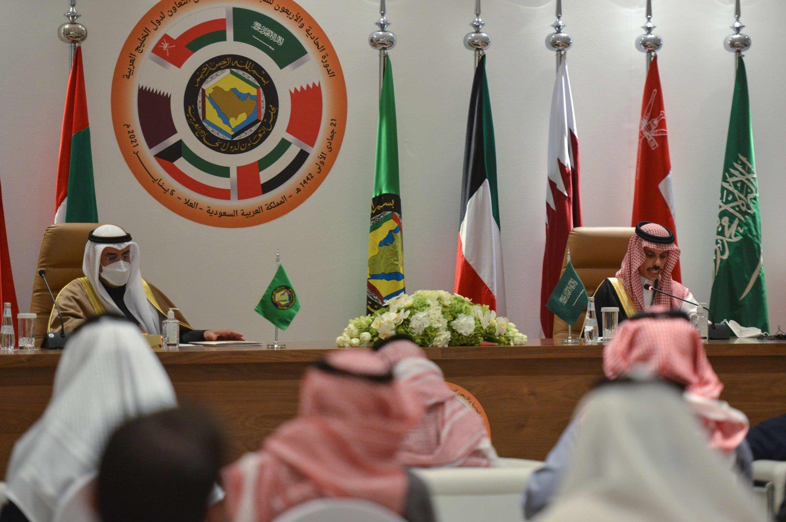 Gulf Cooperation Council (GCC) Secretary-General Nayef bin Falah Al-Hajraf (L) and Saudi Foreign Minister Prince Faisal bin Farhan al-Saud hold a press conference at the end of the GCC's 41st summit, in the city of Al-Ula, northwestern Saudi Arabia, Jan. 5, 2021. (AFP Photo)