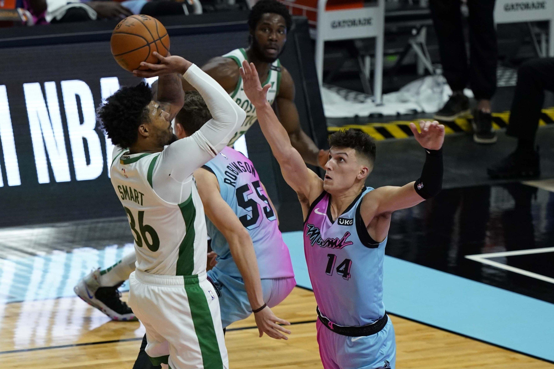 NBA postpones Heat-Celtics game over coronavirus protocols | Daily Sabah