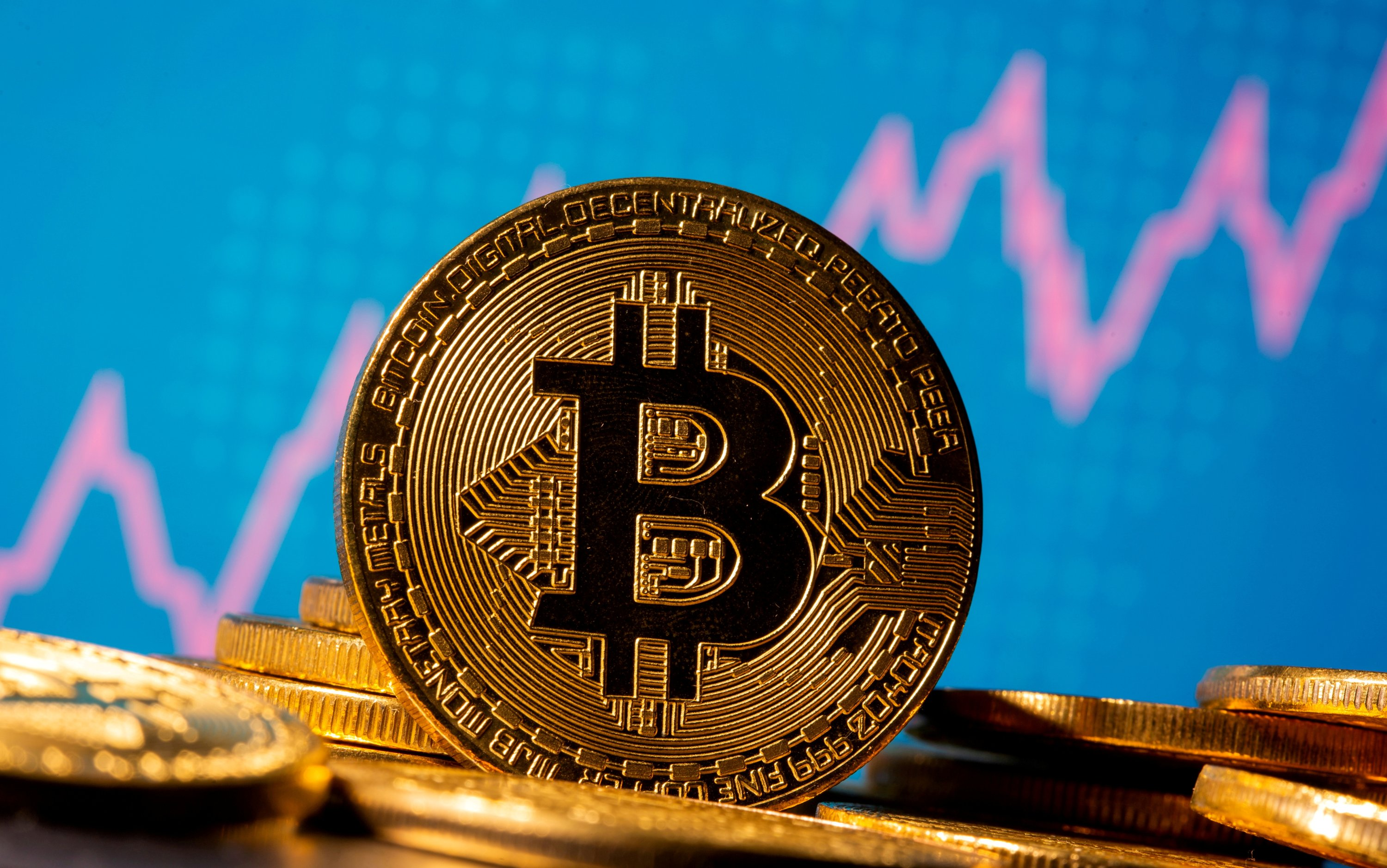 Bitcoin tumbles 20% in sharpest fall since March thumbnail