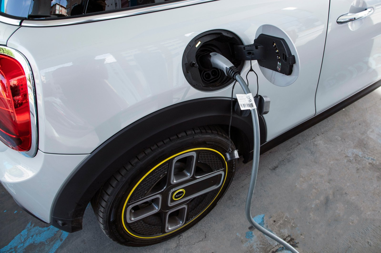 An electric car charges at a charging station in Istanbul, Turkey, Oct. 17, 2020. (Shutterstock Photo)
