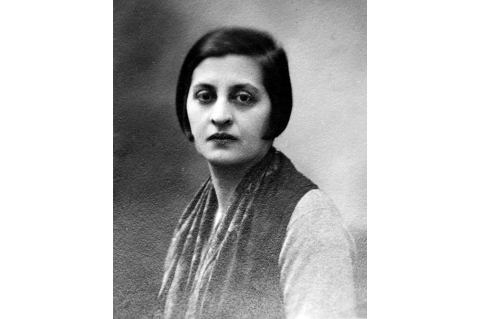 Halide Edib Adıvar is a writer known for her role in the Turkish War of Independence and her novels depicting the clash between regressive and progressive characters. (AA Photo)