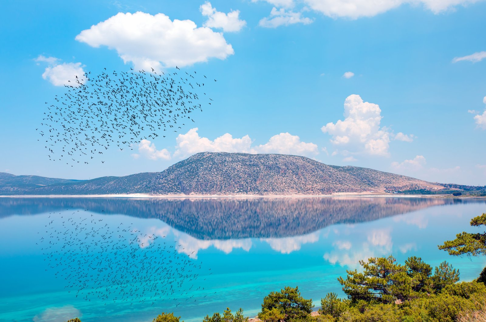 Lake Salda, dubbed the Turkish Maldives, dazzles nature lovers with its crystal-clear water and white beaches, Burdur province, southwestern Turkey. (Shutterstock Photo)