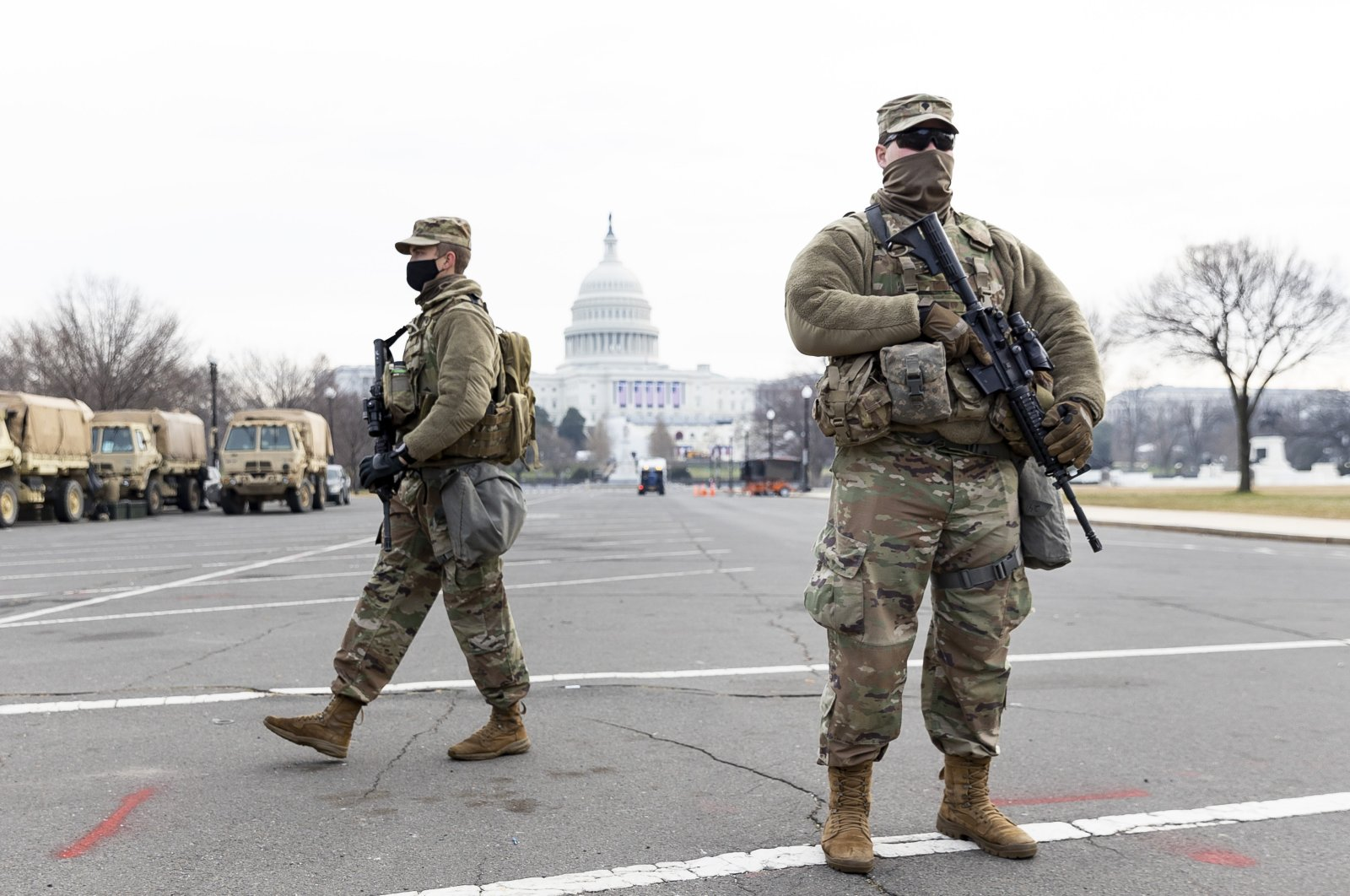 National Guard soldiers stand guard on the grounds around the US Capitol building in Washington, DC, USA, 14 January 2021. (EPA Photo)
