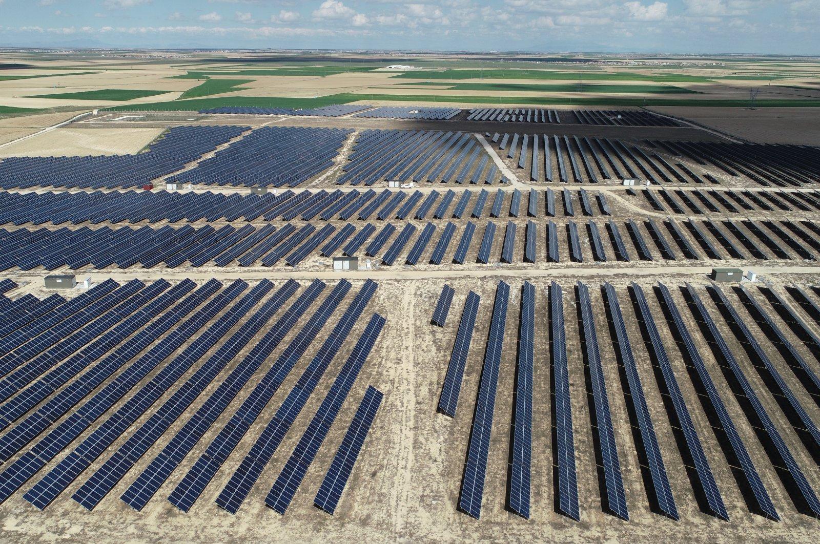 Solar panels at the Karapınar district of Konya, central Turkey, May 6, 2020. (AA Photo)