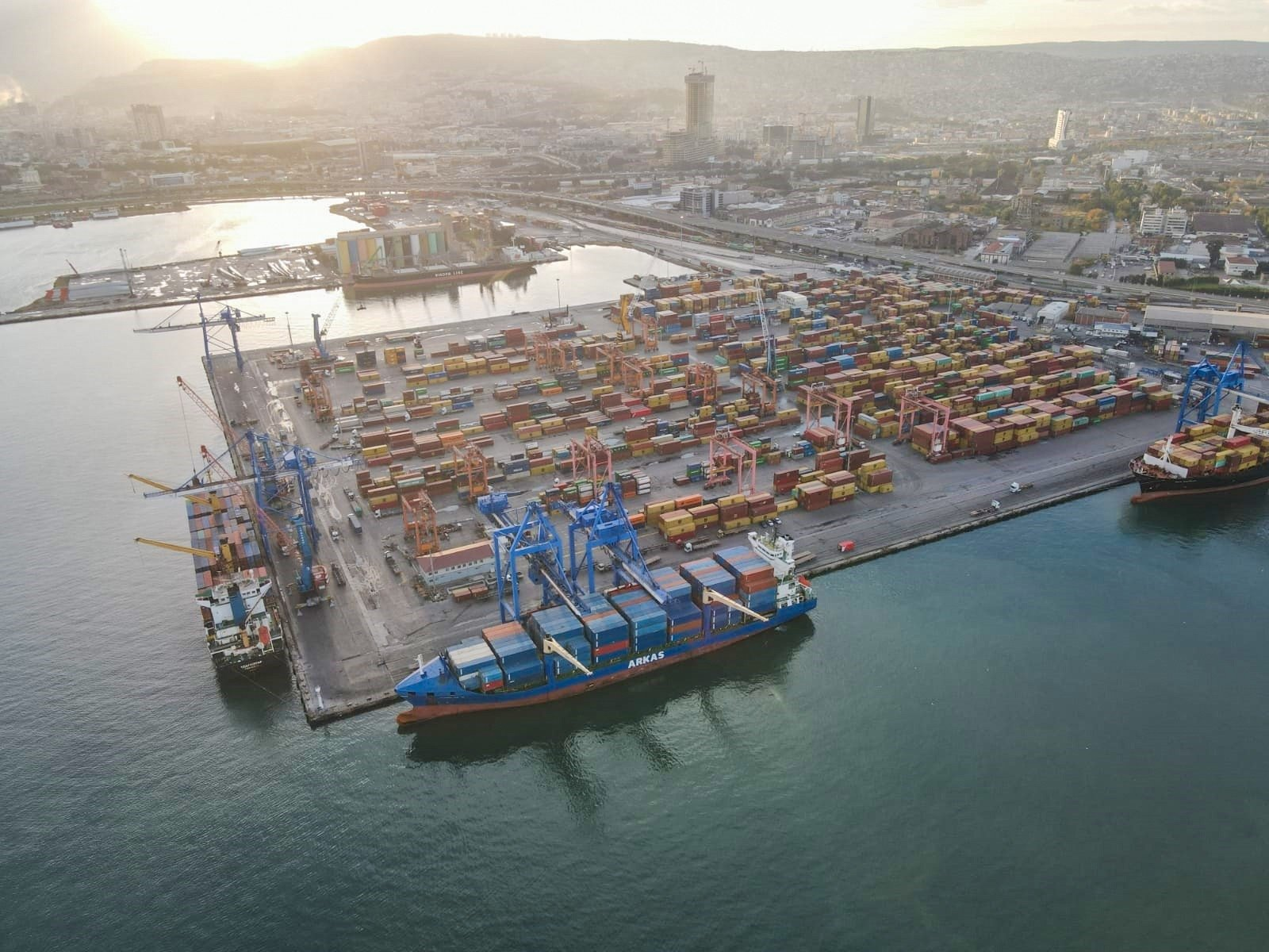 An aerial view of the Port of Izmir in western Turkey, Dec. 10, 2020. (IHA Photo)