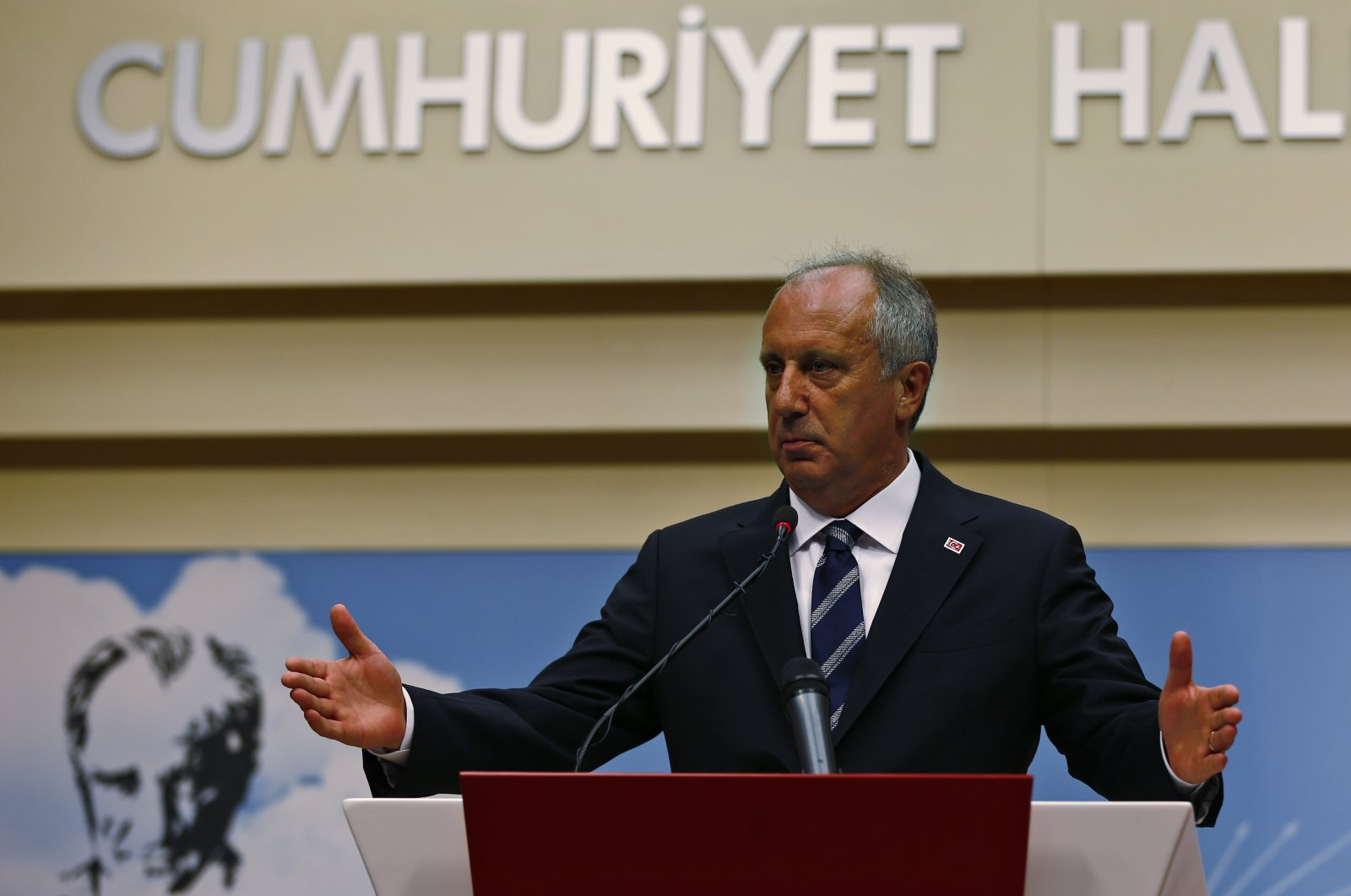 A day after the elections, Muharrem Ince, the candidate of Turkey's main opposition Republican People's Party, pauses during a news conference in the capital Ankara, Turkey, June 25, 2018. (AP File Photo)