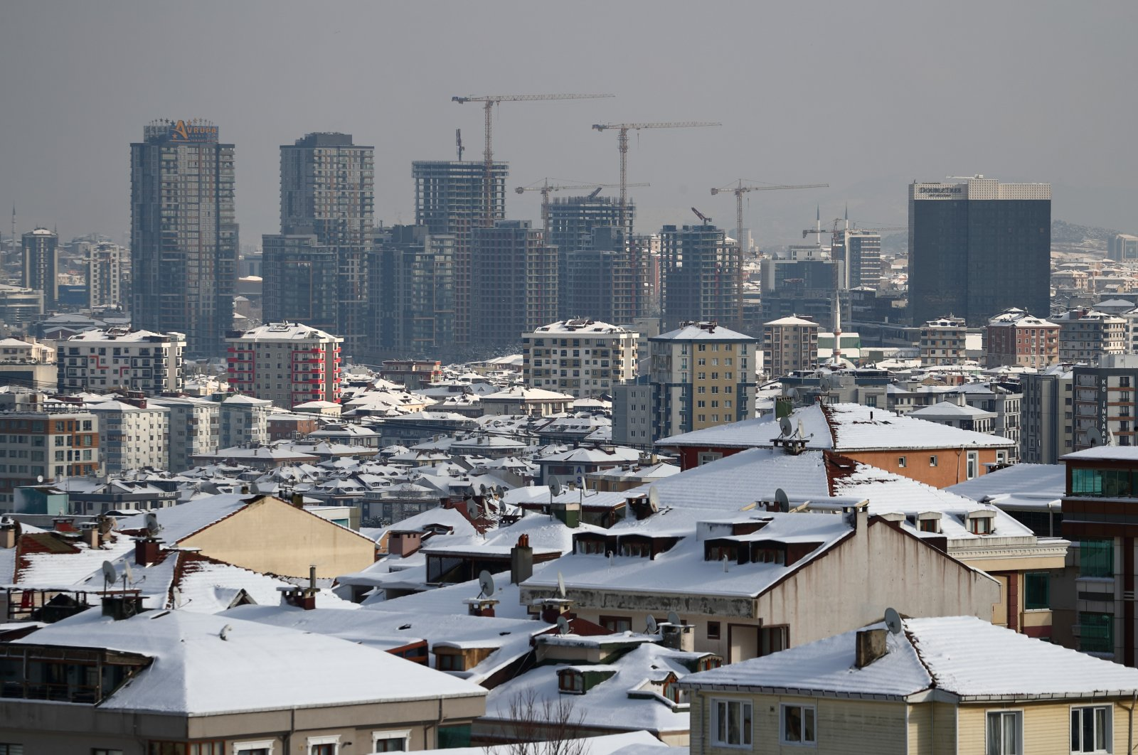 New residential buildings under construction in the Ümraniye district in Istanbul, Turkey, Jan. 18, 2021. (Reuters Photo)