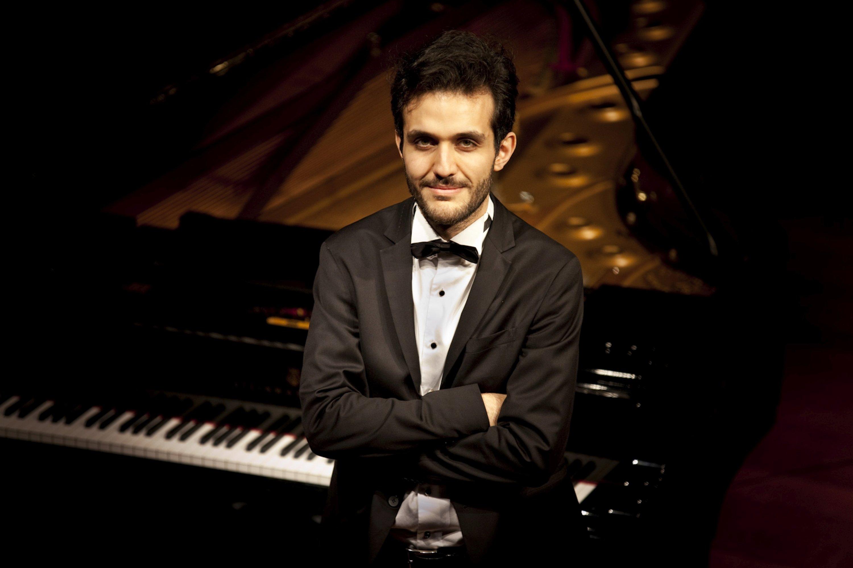 "Pianist Kandemir Basmacıoğlu will perform his ""Miniatures"" concert on Jan. 24."