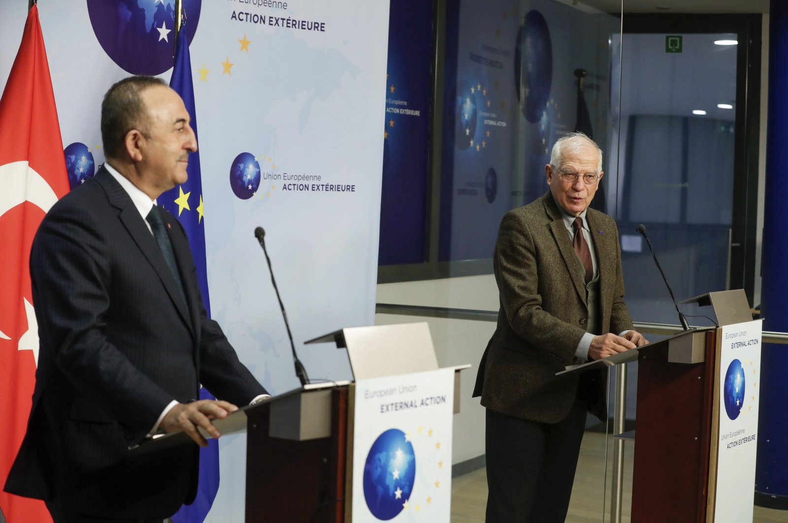 Foreign Minister Mevlüt Çavuşoğlu (L) and European Union foreign policy chief Josep Borrell give a joint statement prior to their meeting in Brussels, Belgium, Jan. 21, 2021. (AP Photo)