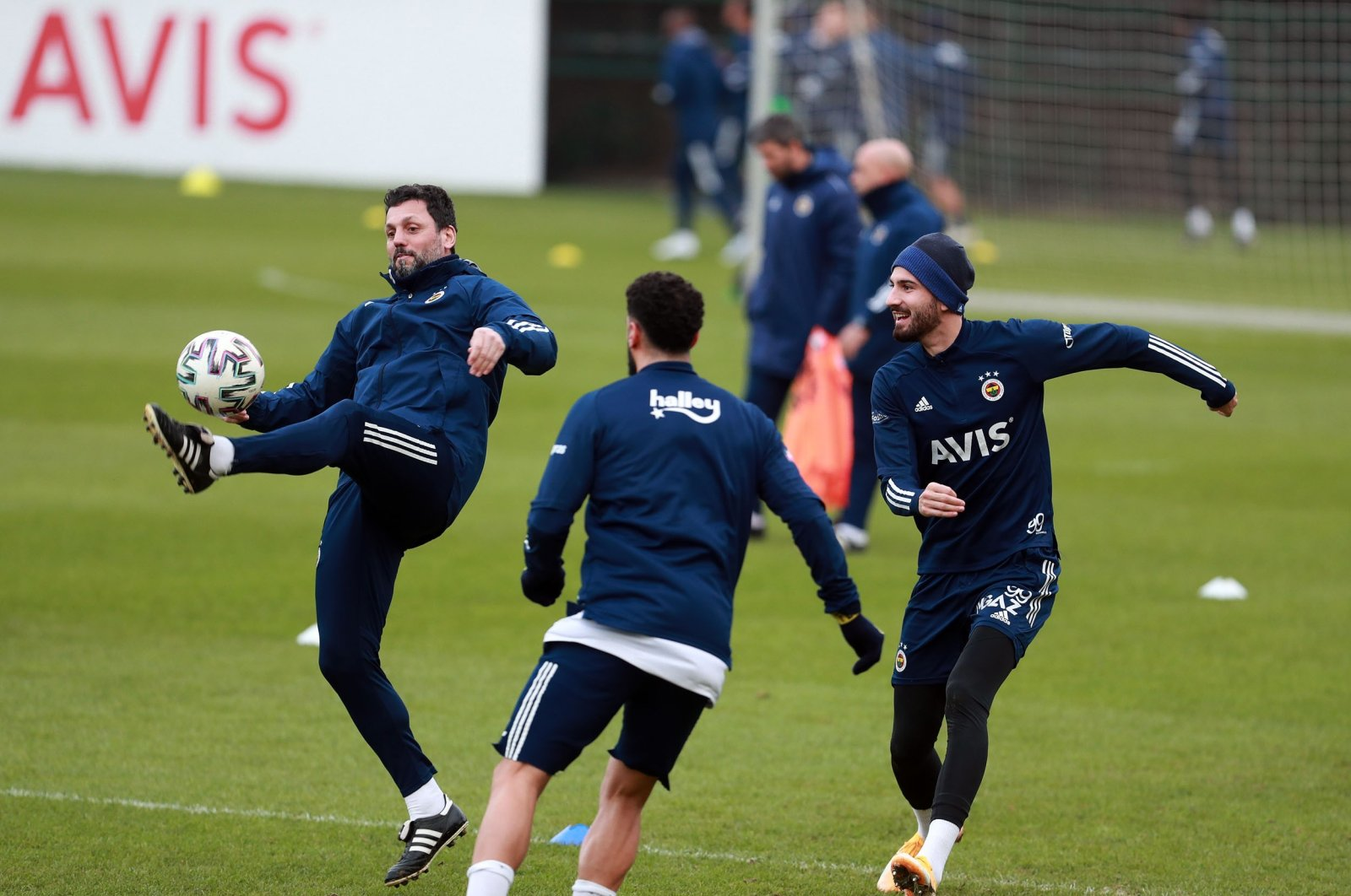 Fenerbahçe players train ahead of their Süper Lig match against Kayserispor, Istanbul, Turkey, Jan. 23, 2021.