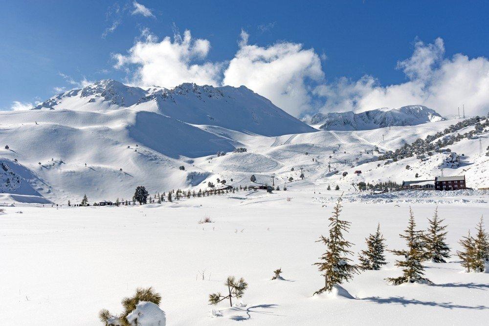 Isparta's Davraz ski resort is a go-to destination for those in southern Turkey. (IHA Photo)