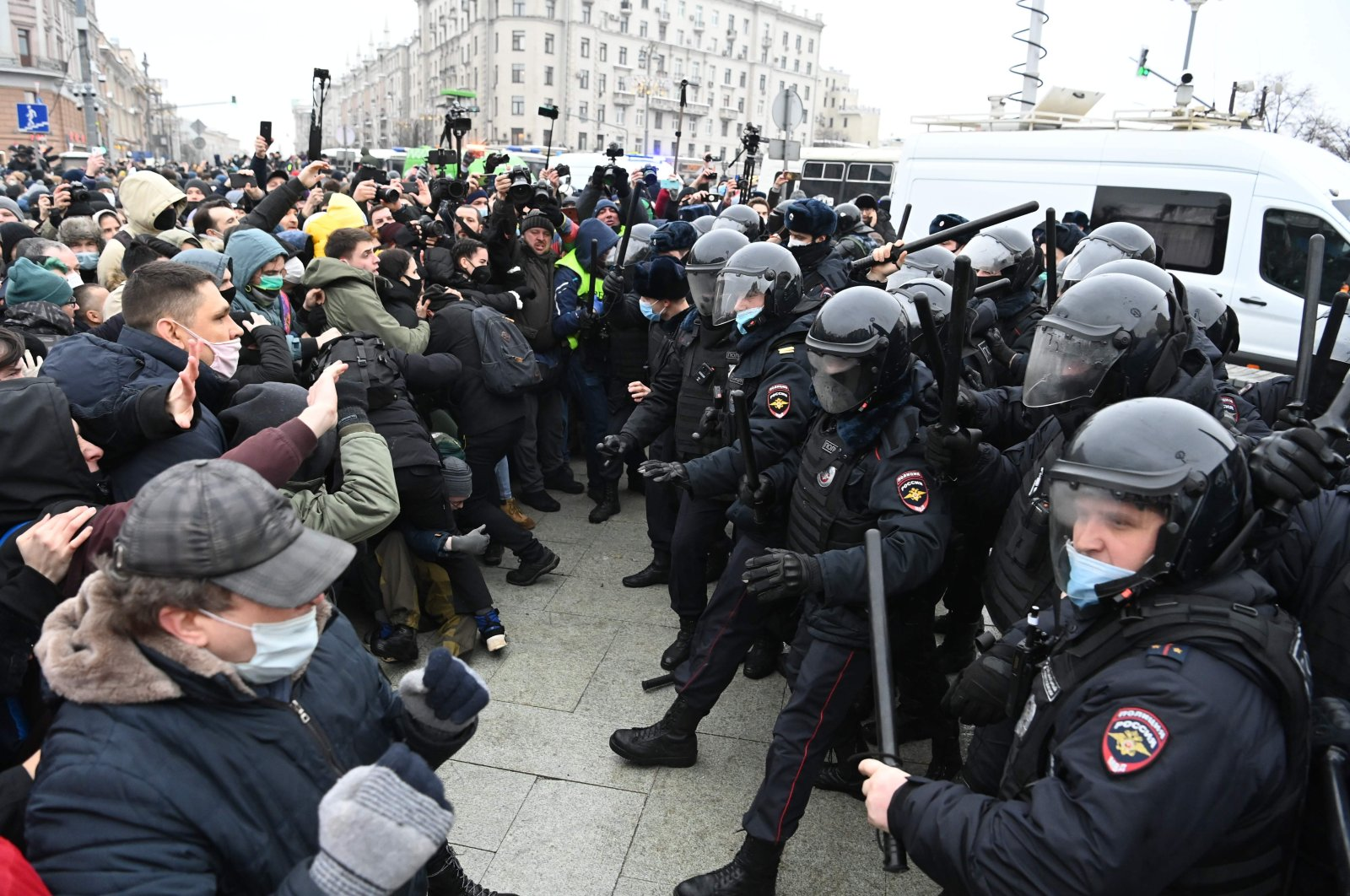 Protesters clash with riot police during a rally in support of jailed opposition leader Alexei Navalny in downtown Moscow, Russia, Jan. 23, 2021. (AFP Photo)