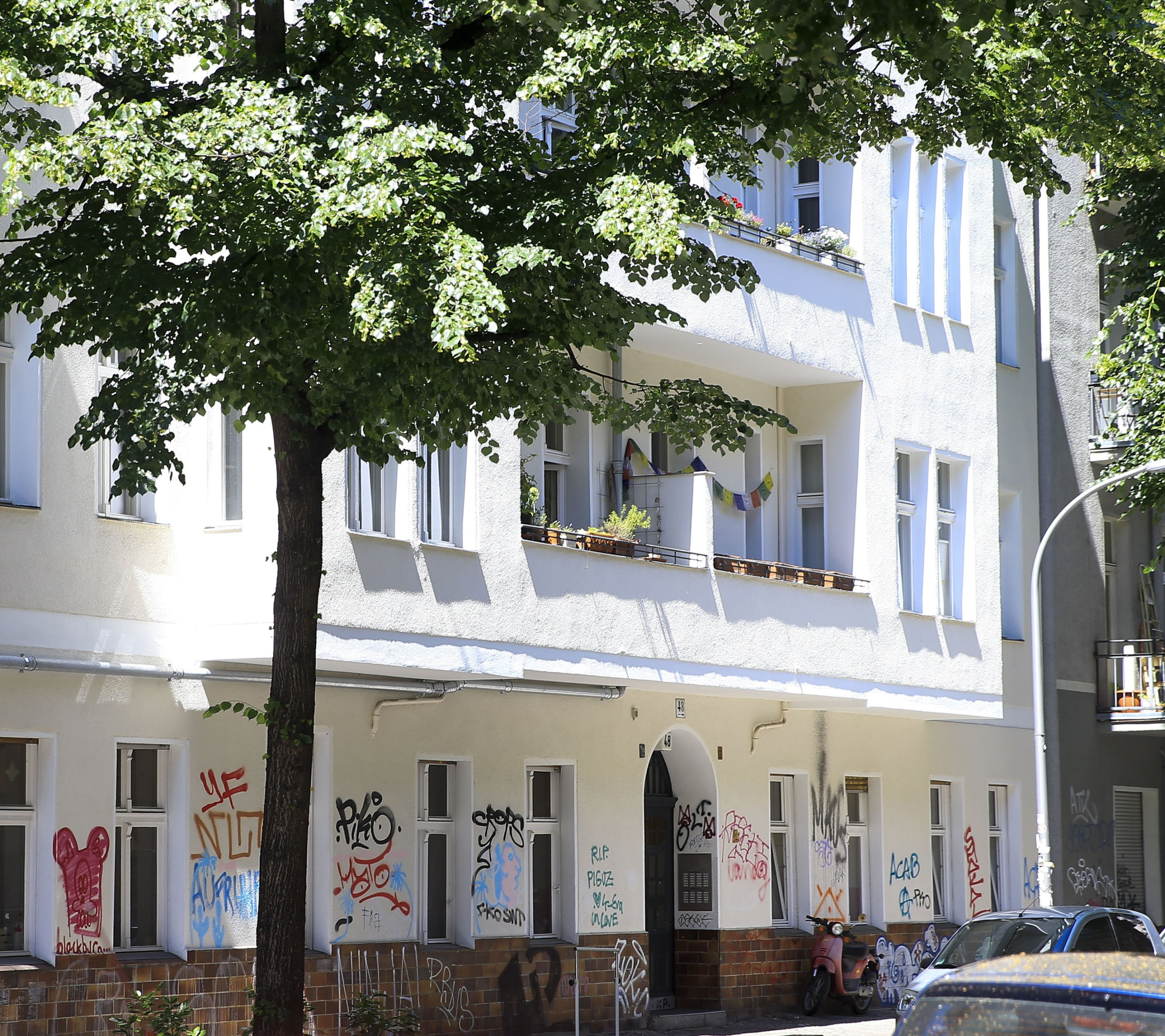 The building where Adil Öksüz was spotted in the Neukoelln district, Berlin, Germany, June 14, 2018. (AA Photo)