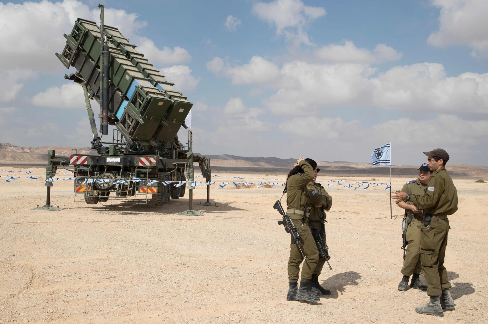 """A Patriot missile launcher is seen during the """"Blue Flag"""" multinational air defense exercise at the Ovda air force base, north of Eilat, Israel, Nov. 8, 2017. (AFP Photo)"""