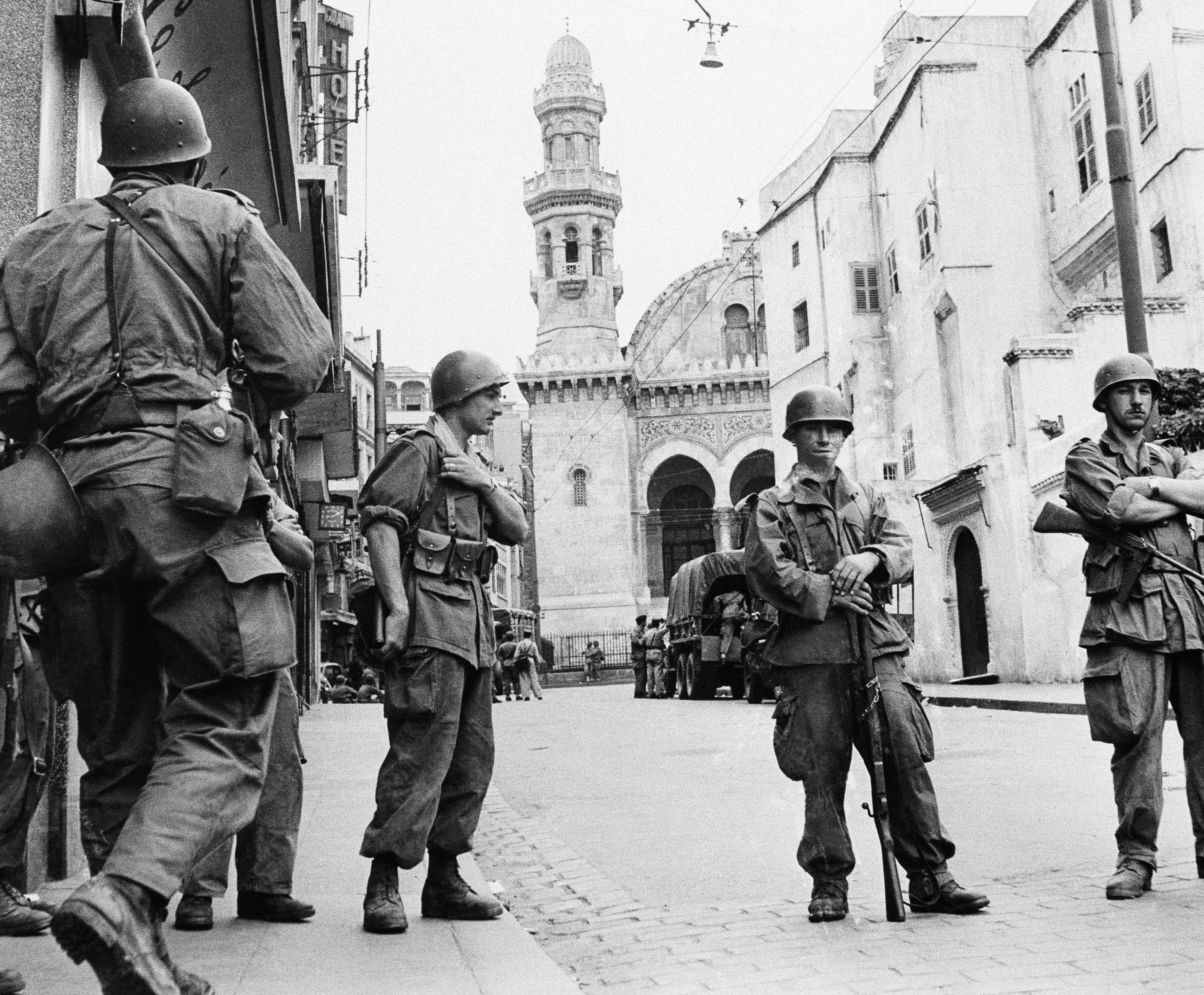 French troops seal off Algiers' casbah, the citadel of Algiers, in Algeria, May 27, 1956. (AP Photo)