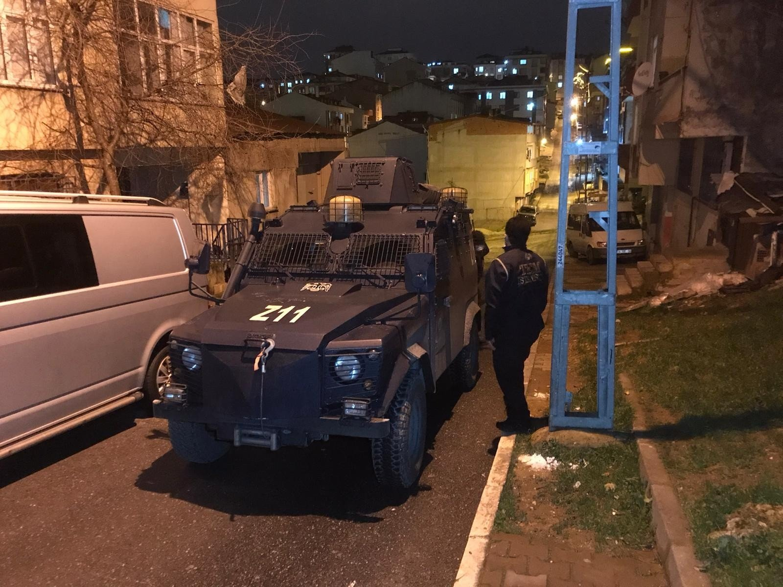 Police with armed vehicles prepare to conduct an anti-terror operation in Istanbul on Jan. 27, 2021 (IHA Photo)