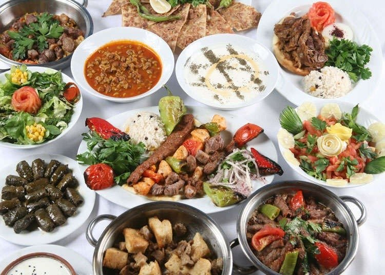 A table filled with traditional Turkish foods, Jan. 13, 2021. (IHA Photo)