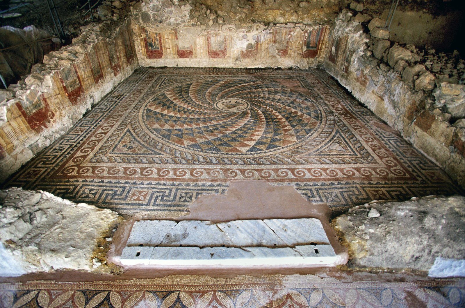 A floor of an ancient building adorned with mosaic patterns, discovered at the ancient city of Antandros, Balıkesir, western Turkey, Jan. 27, 2021. (AA Photo)
