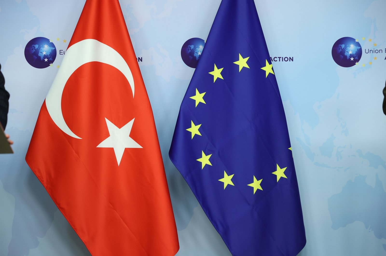 The flags of Turkey (L) and the EU are seen in Brussels during Foreign Minister Mevlüt Çavuşoğlu's meeting with EU foreign policy chief Josep Borrell, Belgium, Jan. 21, 2021. (AA Photo)