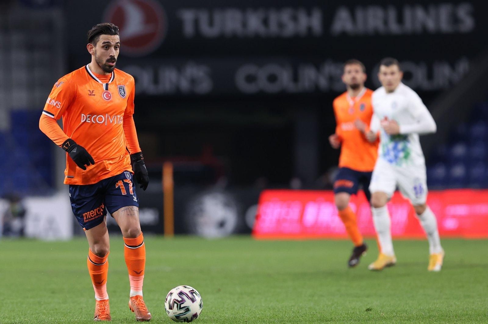Başakşehir's Irfan Can Kahveci in action during a Süper Lig match against Rizespor at the Fatih Terim Stadium, in Istanbul, Turkey, Jan. 23, 2021. (AA Photo)