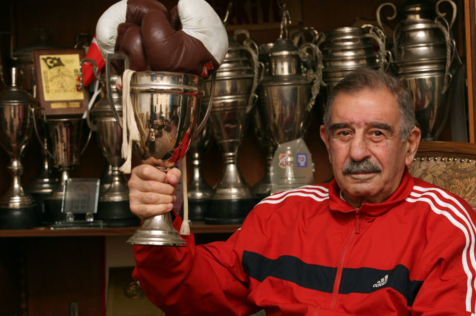 Garbis Zakaryan holds one his trophies. (Archive Photo)