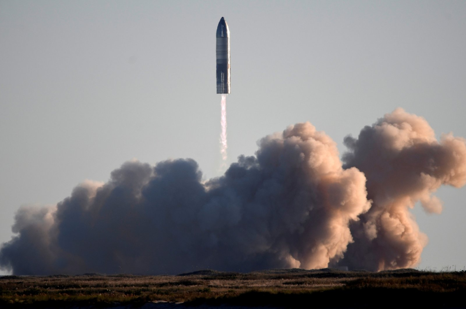 SpaceX launches its first super heavy-lift Starship SN8 rocket during a test from their facility in Boca Chica, Texas, U.S. Dec. 9, 2020. (Reuters File Photo)