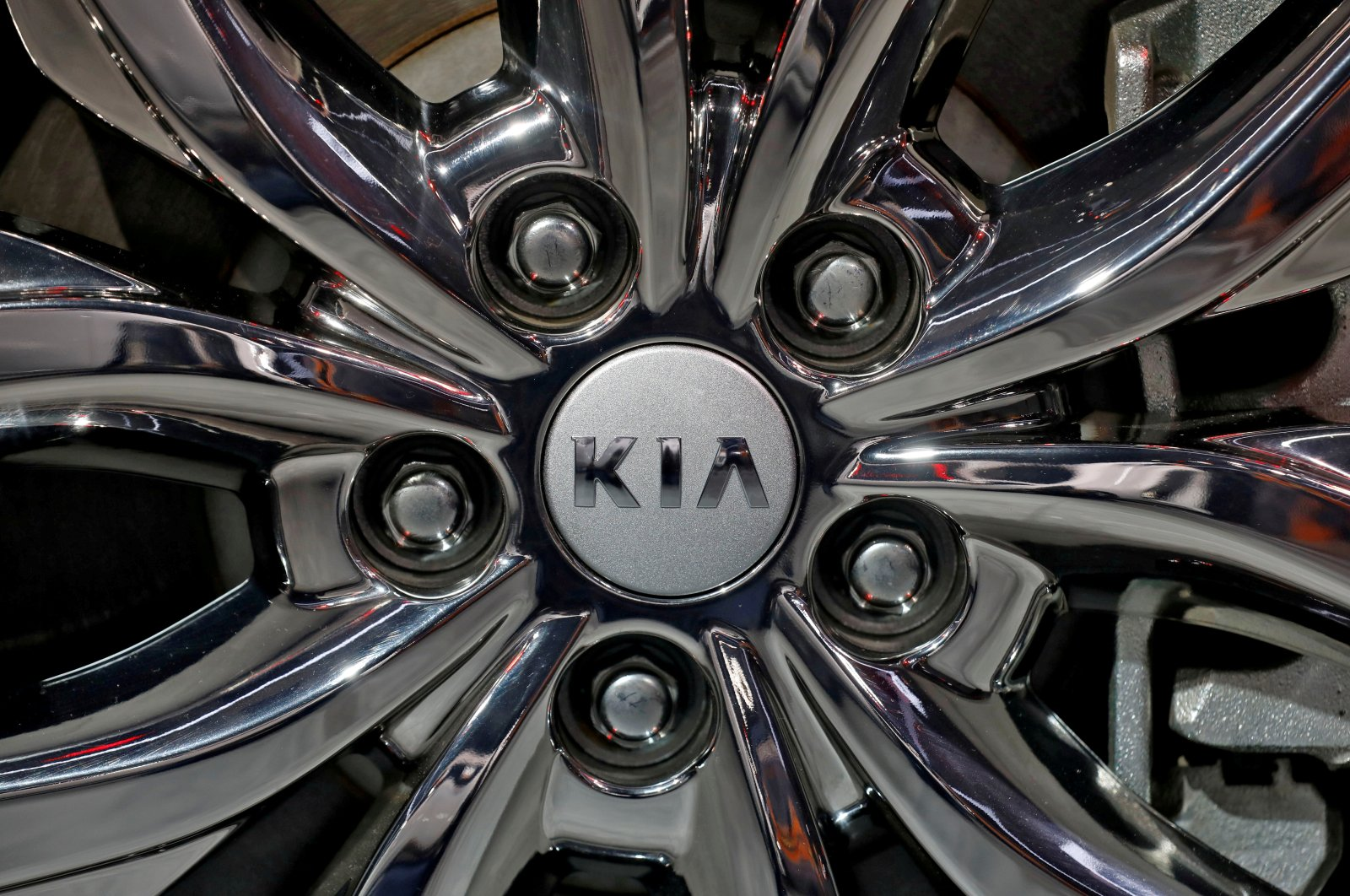 The logo of Kia Motors is seen on a wheel of its Carnival car at the India Auto Expo 2020 in Greater Noida, India, Feb. 5, 2020. (Reuters Photo)